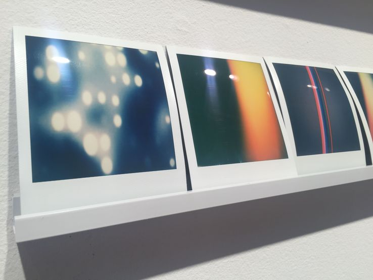 Penelope Umbrico - Polaroids (LightLeak and Bokeh)
